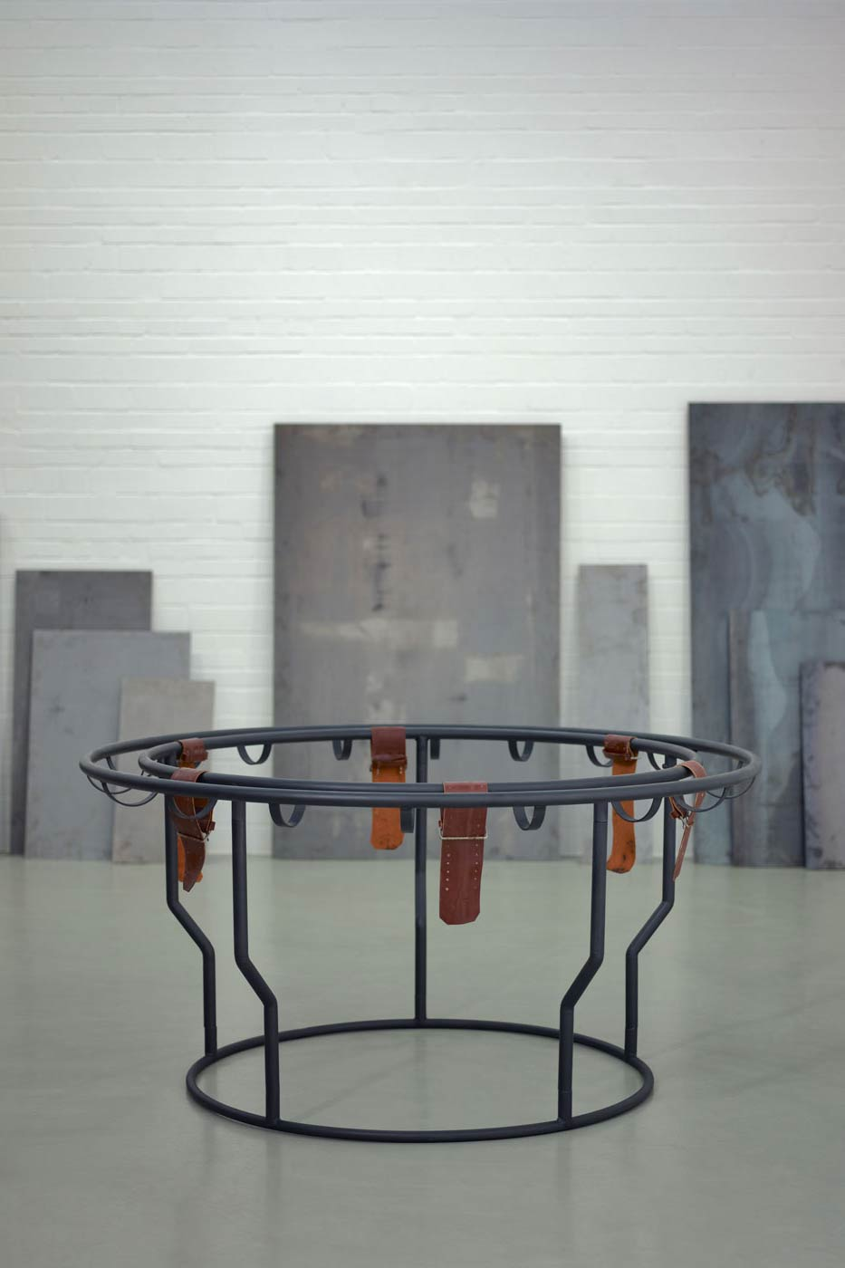 Schlangentisch (Snake Table)